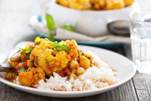 vegan_cauliflower_chickpea_curry_recipe_vegetarian_indian_archanas_kitchen-1